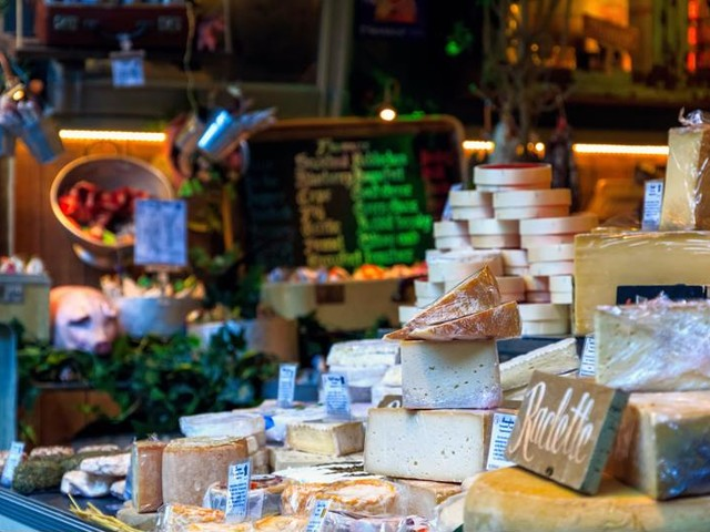 Food Halls: The Growing Denver Dining Trend