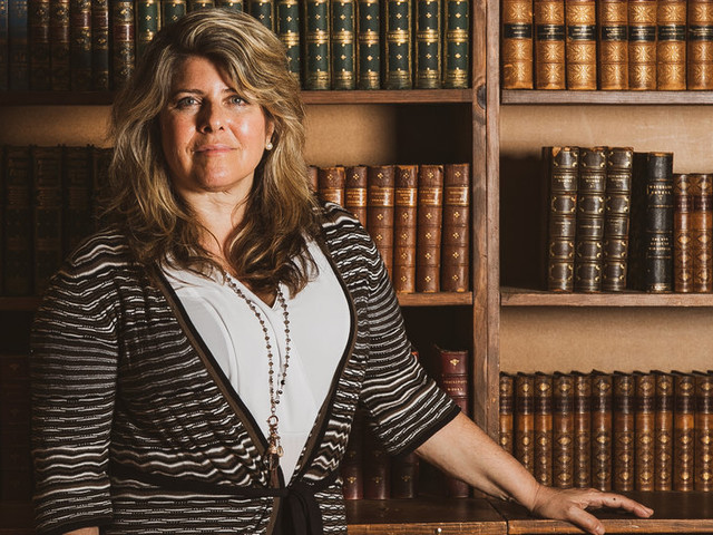 Naomi Wolf's Publisher Cancels U.S. Release of 'Outrages'