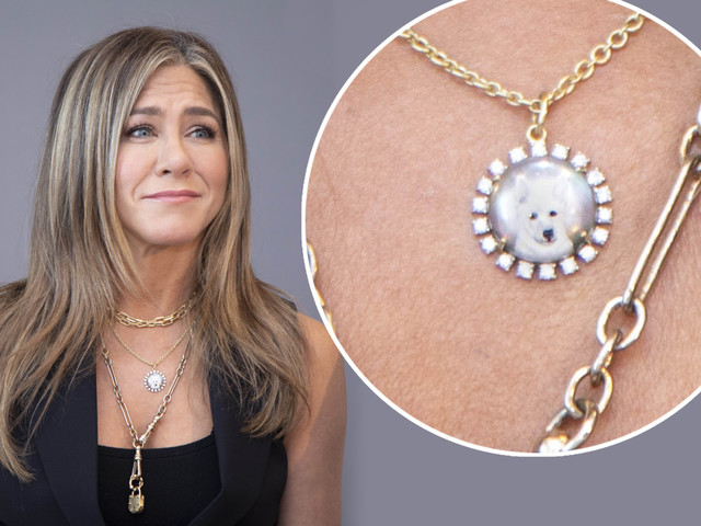 Jennifer Aniston honors Justin Theroux's late dog Dolly with tribute necklace