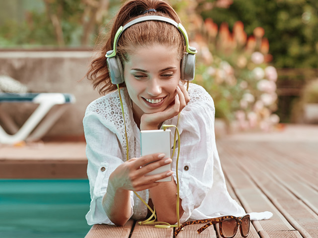Bookworms! Now's your chance to grab 3 months of Amazon Music for free