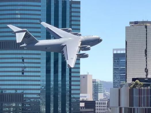 Watch: Australian C-17 Globemaster Conducts Insane Maneuver Between Skyscrapers