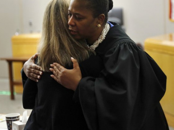 Someone Filed A Complaint, So That Hug Judge Tammy Kemp Gave Murderer Amber Guyger Is Now Being Investigated + Jurors & Botham's Brother Speak Out