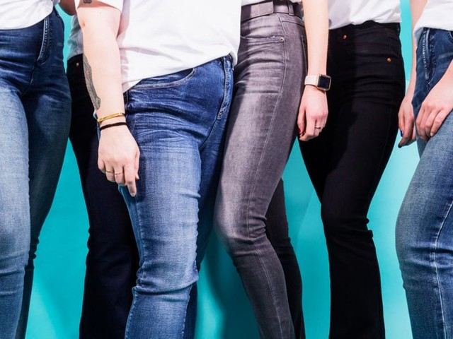 7 women try Universal Standard's new size-inclusive line of jeans that goes from 00 to 40 — here's the verdict