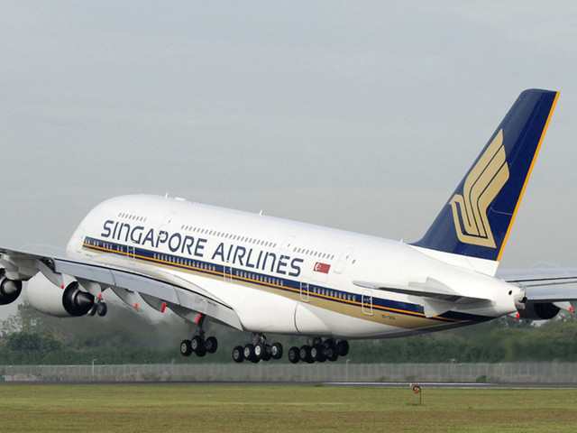 Singapore Airlines hopes to be world's first airline fully vaccinated against COVID-19