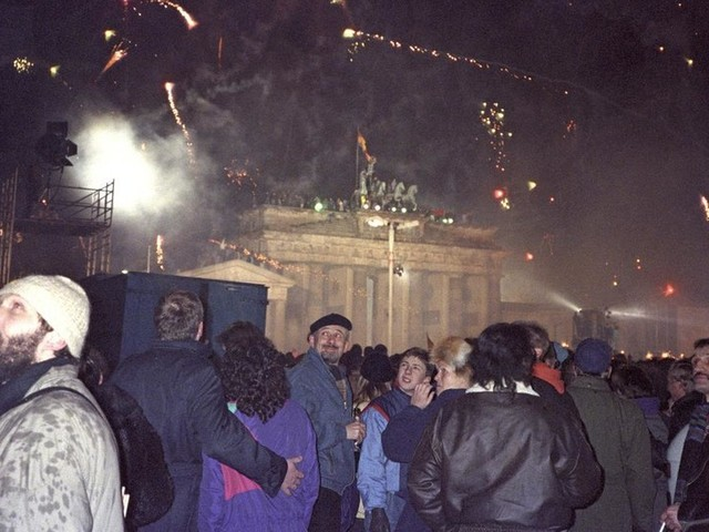 Germany marks fall of Berlin Wall but forgets DDR lessons – US 'socialist defector' Victor Grossman