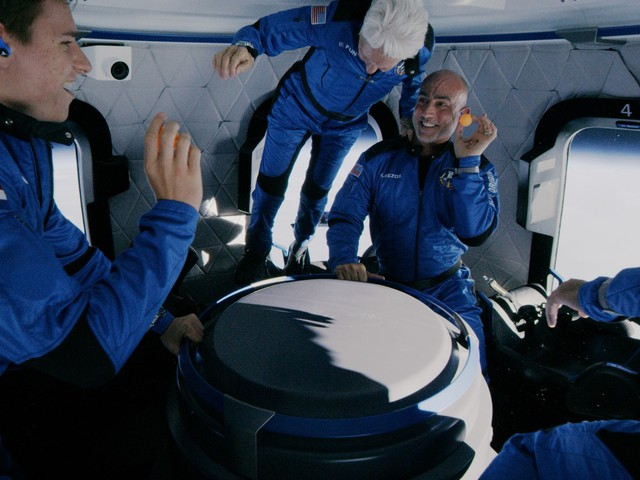 The Morning After: Blue Origin's crew makes it to space