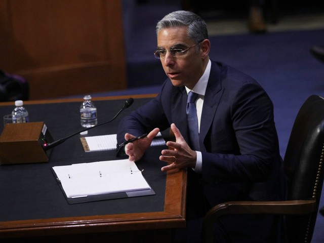 Facebook defends cryptocurrency plan after lawmakers' sharp criticism