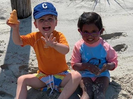 Look: Hoda Kotb, Dylan Dreyer have 'perfect' beach day with kids