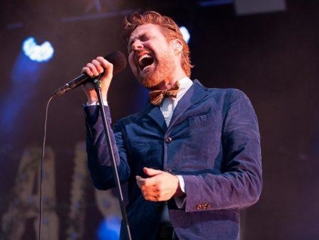 Kaiser Chiefs, The LaFontaines, Miracle Glass Company @ Live At The Links