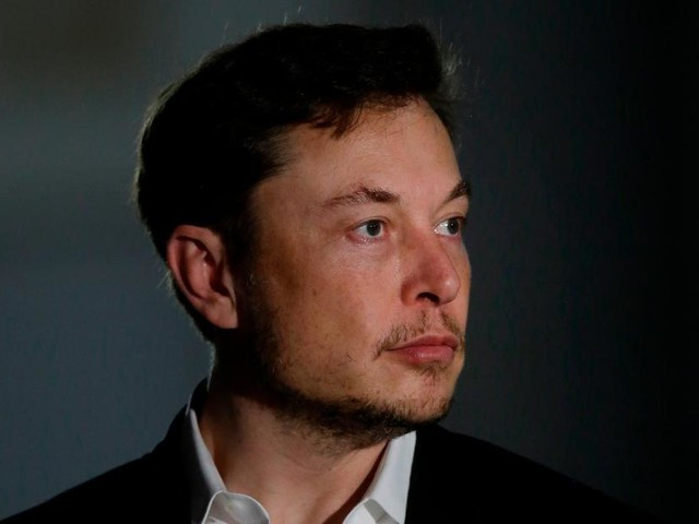 Elon Musk is making implants to link the brain with a smartphone