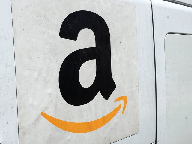 You can get an extra $15 from Amazon when buying a gift card — here's how to do it (AMZN)