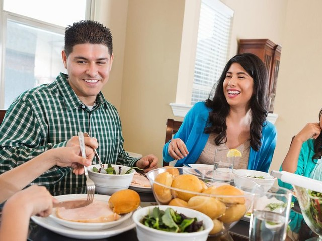 Family Meals Are Good for the Grown-Ups, Too, Not Just the Kids