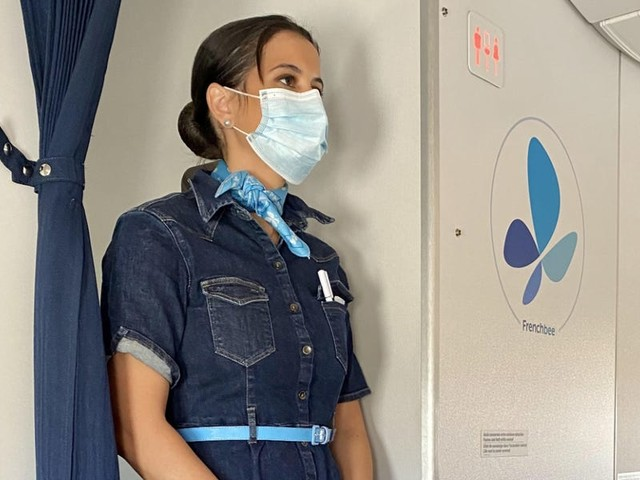 More international airlines are banning cloth masks on flights in favor of medical and surgical masks