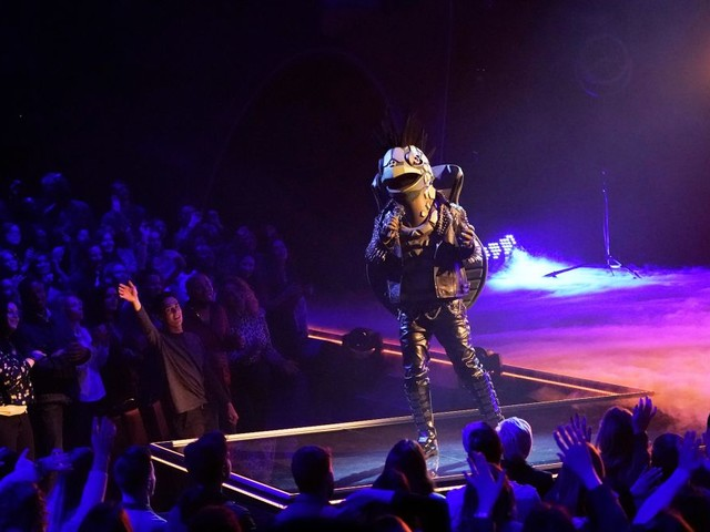 Hold the applause: How Masked Singer and DWTS are faking their audience crowds