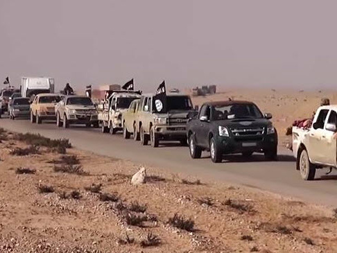 Video Emerges Of US Allowing ISIS Fighters To Escape Safely In Syria