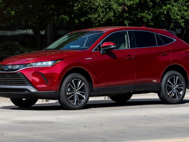Car of the Month: 2021 Toyota Venza