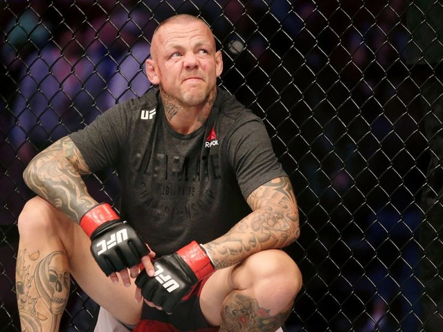 Video: UFC vet Pearson loses by rare (and brutal) rolling thunder KO