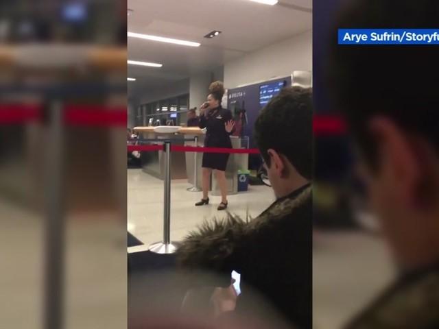 Kobe Bryant Death: Delta Airlines employee gives heartfelt airport speech following basketball legend's death