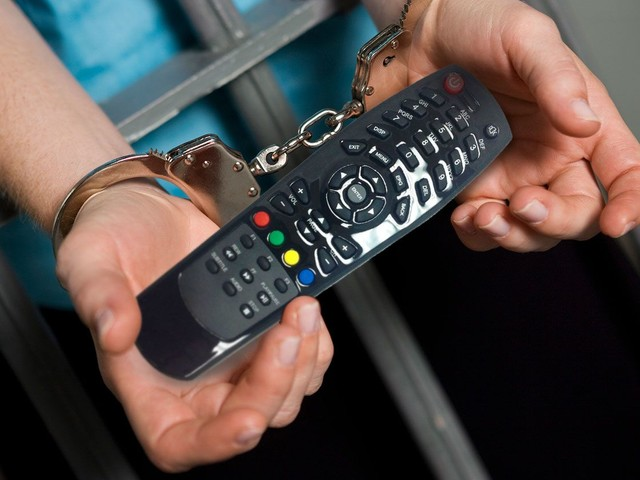5 Reasons Why Using Illegal IPTV Streams Is a Bad Idea