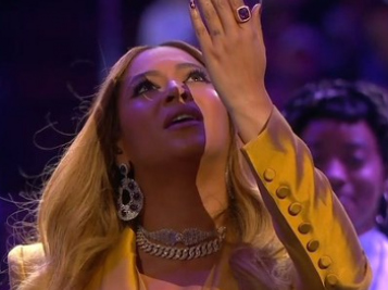 Beyoncé Turns Kobe's Fave 'XO' Into Gospel To Kick Off Memorial Service + NBA Stars & Legends, Celebs, Athletes Shed Tears & Pay Their Respects
