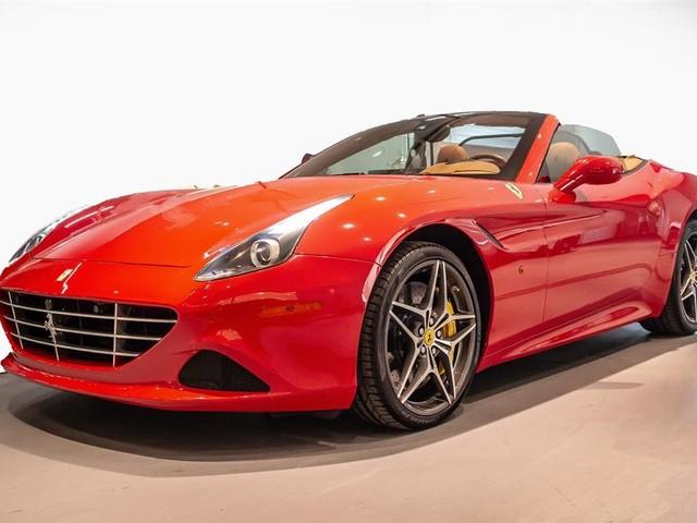 "2015 Ferrari California ""PRICED IN CANADIAN DOLLARS"""