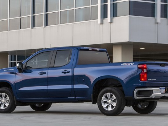 GM CEO Confirms Electric Pickup Truck