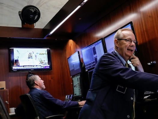 US stocks resume climb as investors cheer COVID-19 vaccine progress