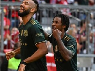 MATCHDAY: Leader Bayern Munich takes on promoted Fürth