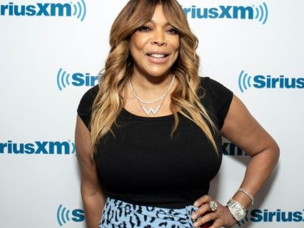 """Fans Are Concerned About Wendy Williams Again After Latest Behavior On Her Talk Show: """"Something Is Definitely Wrong"""""""