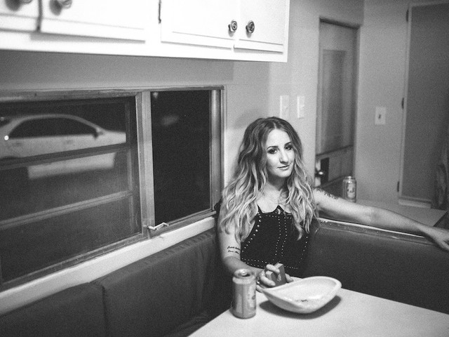 Margo Price Knows Fame Is Fleeting