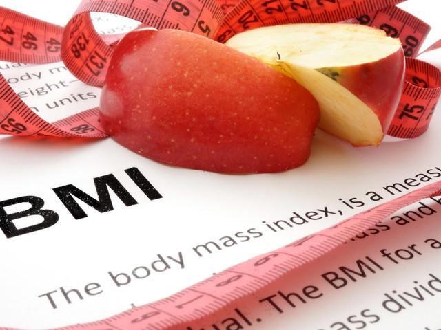 No, Having a Little Extra Fat Won't Make You Live Longer
