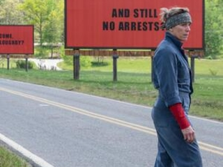 Review: McDormand gives blistering turn in '3 Billboards'