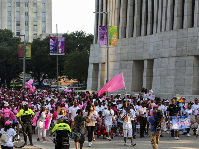 March for Maleah draws thousands to downtown Houston to honor slain girl's memory