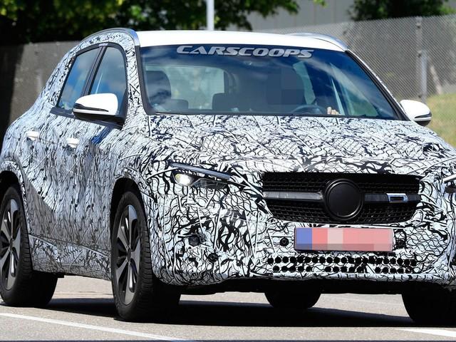 "2020 Mercedes GLA Will Debut In ""A Few Weeks"""