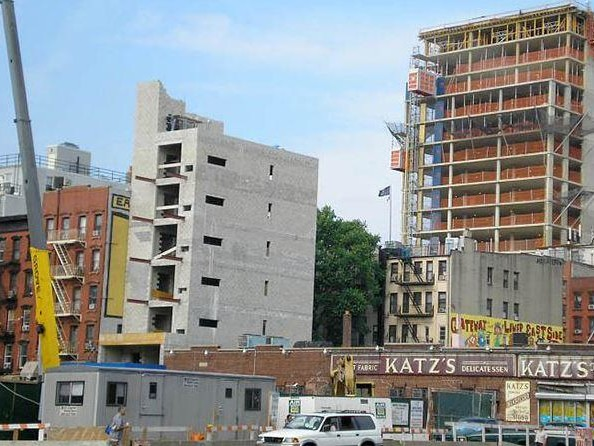 """Bipartisan Group Of NYC Lawmakers Pushing For """"Gentrification Tax"""""""