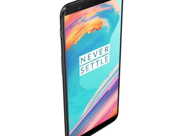OnePlus 5T Durability Test Will Leave You Impressed