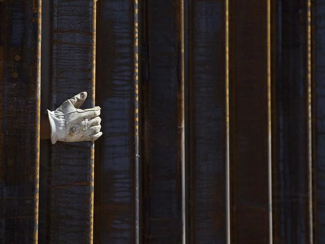 Senate can't stop Trump border wall