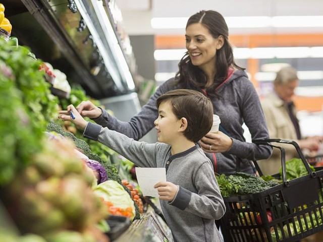 50 Ways to Save at the Grocery Store