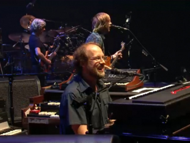 Phish Opens Final Set Of 2012 San Francisco Run With Standout Sequence