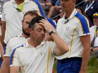Tears fall, putts don't: Europe overmatched at Ryder Cup