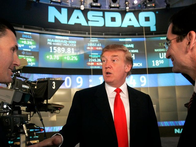 US stocks slide in tech-driven sell-off as Trump's positive COVID-19 test spurs volatile trading