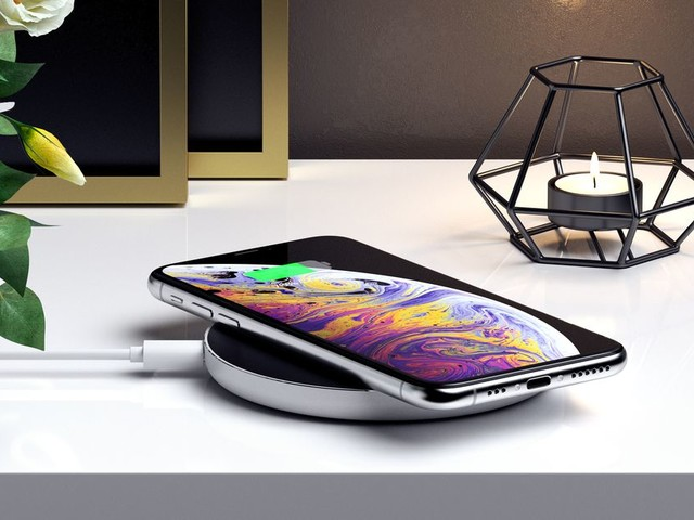 Satechi's newest wireless charger has USB-C and fast charging