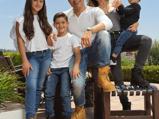 Mario Lopez and His Family Are Set for Back to School Thanks to DSW