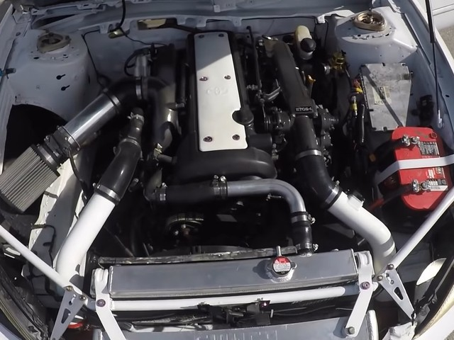Someone Seriesly Crammed a Toyota Supra 1JZ into a Freaking Ford Taurus