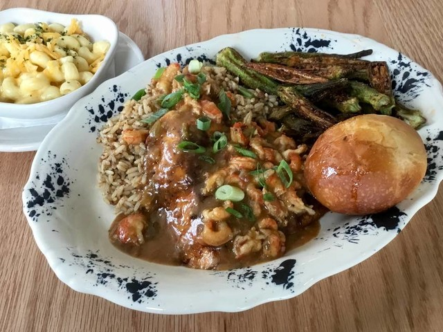 Texas seafood and 'French toast sundaes' at new Waterside restaurant