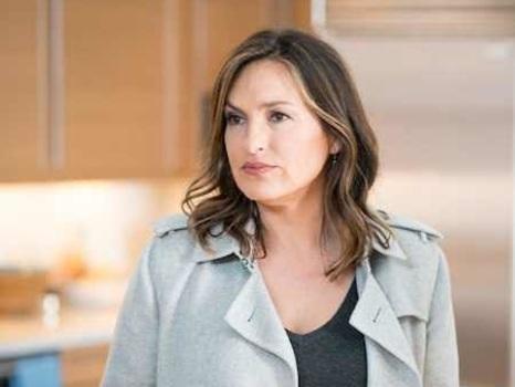 Law and Order: SVU's Midseason Cliffhanger Is Benson's Worst Nightmare
