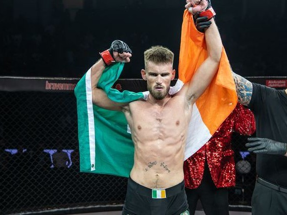 SBG Ireland's Cowley ready for BRAVE 24: 'I'll always take the chin before I take the neck'