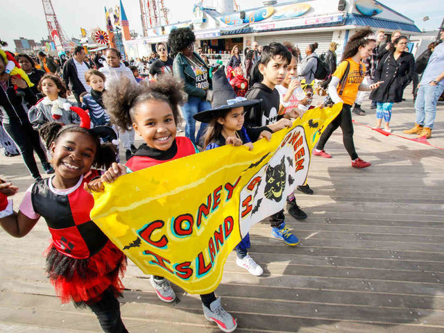 10th annual kids Halloween parade marches through Coney Island