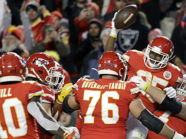 Chiefs head into Patriots showdown with ground game in flux