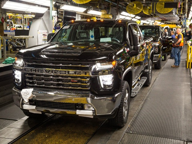 GM Says Recently Dethroned Chevrolet Silverado Poised for a Comeback